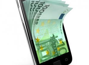 Telémovel com notas de Euro